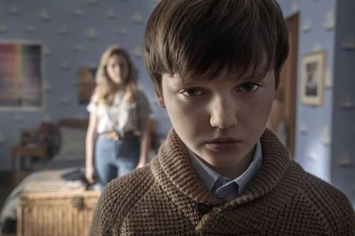 Появился первый трейлер продолжения сериала«Призраки дома на холме»