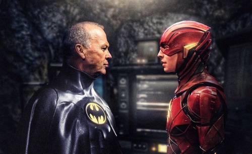 Официально: Майкл Китон вернётся к роли Бэтмена во «Флэше»