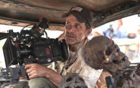 Too much: Зак Снайдер вырезал из «Армии мертвецов» сцену с обнажённым зомби